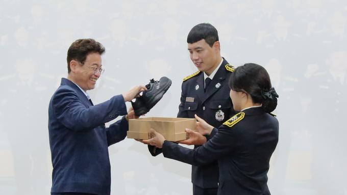 """""""새내기 소방공무원들 소방관으로서의 첫발 내딛다!"""""""
