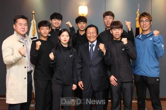구미대,전국체육대회 출전선수들 격려
